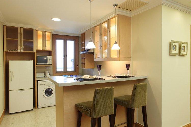 Virtuvės inerjeras mažoms erdvėms