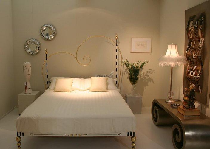 Romantiškas ir žaismingas miegamasis