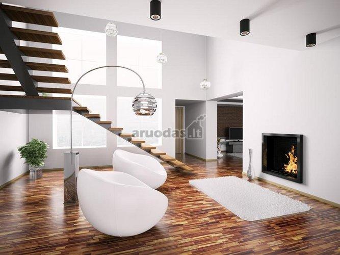 židinys modernių namų interjere