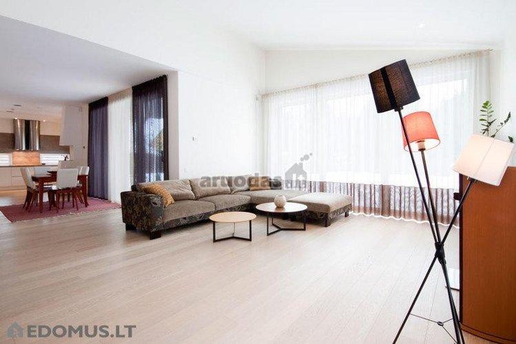 šiuolaikiško namo interjeras