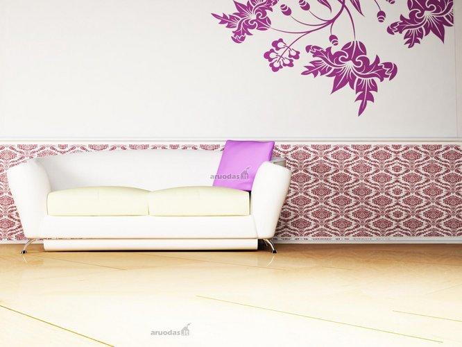 Minimalistinis interjeras su violetiniu akcentu