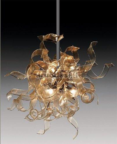 Lengvas stiklo juostelių šviestuvas