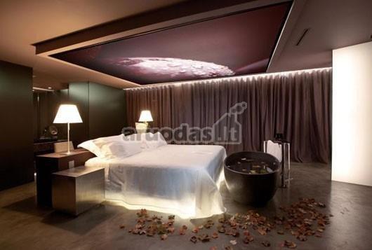 Apšvietimas - degančios lovos efektas