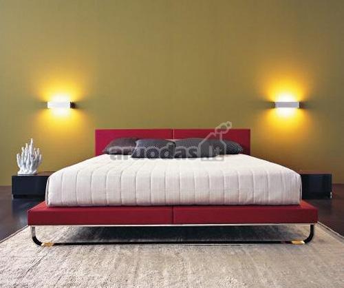 Apšvietimas iš abiejų lovos pusių