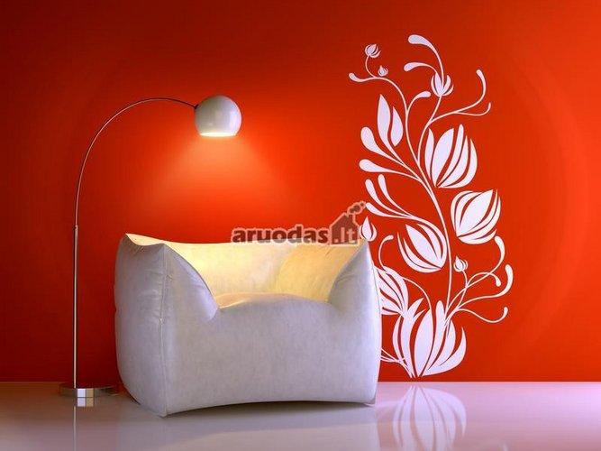Raudonos sienos dekoras. baltas ornamentas