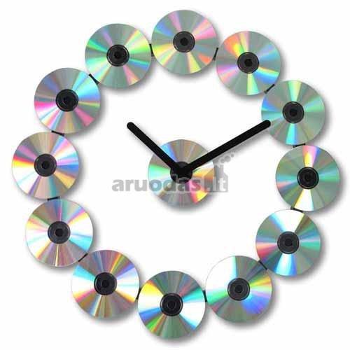 Laikrodis iš kompatktinių diskų