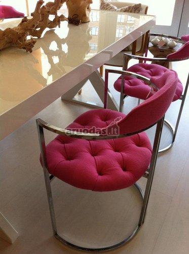 Rožinis, mikštas krėslas