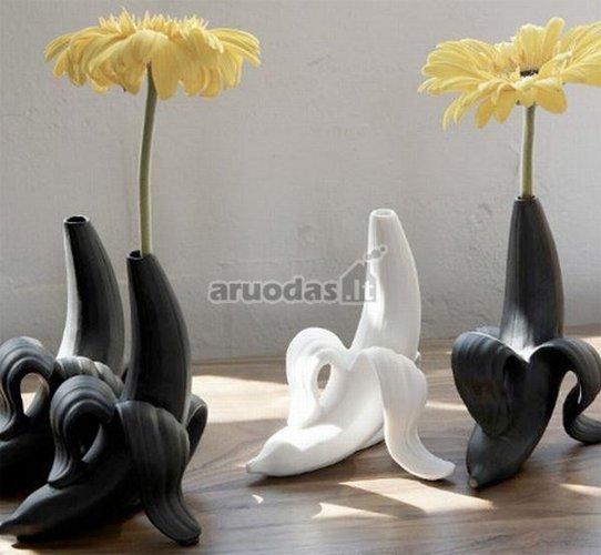 Banano formos žaismingos vazos
