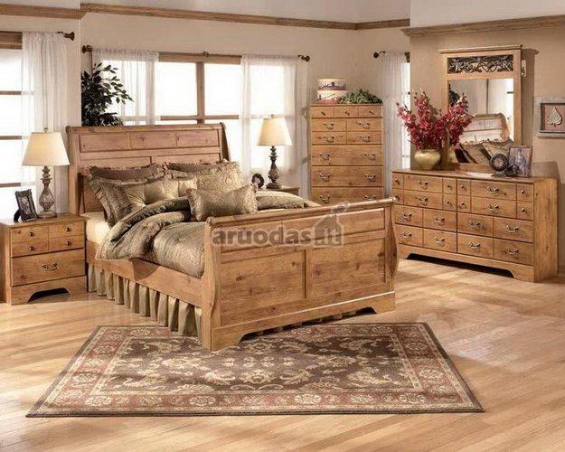 Rusvų atspalvių miegamasis