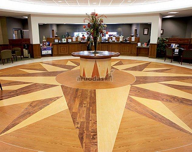 Vinilinės grindys biurui