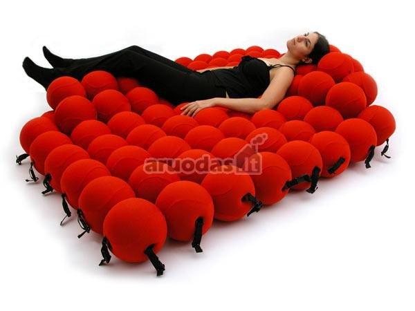 Raudonų burbulų lova