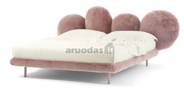 Minkštų formų lova