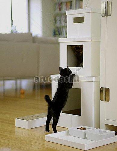 Kelių aukštų namelis kačiukui