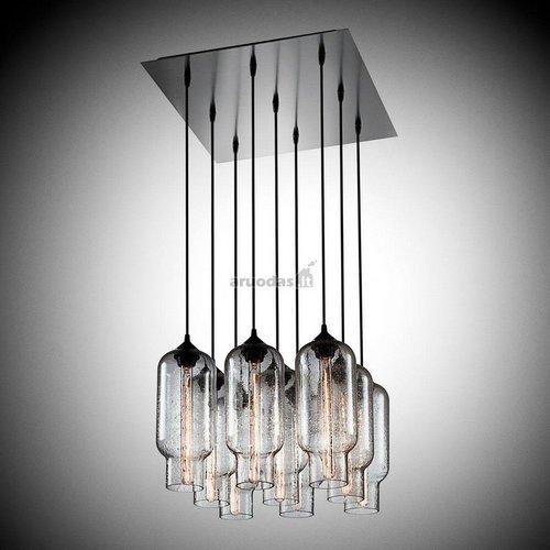 šviestuvas, sudarytas iš kabančių lempučių