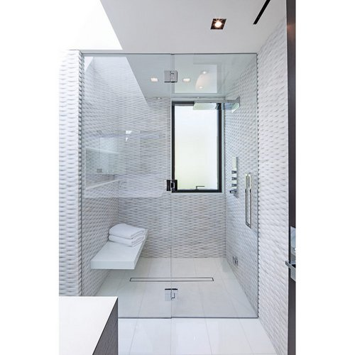 Stiklinis dušas