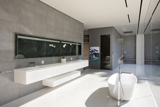 Prabangus vonios kambario interjeras