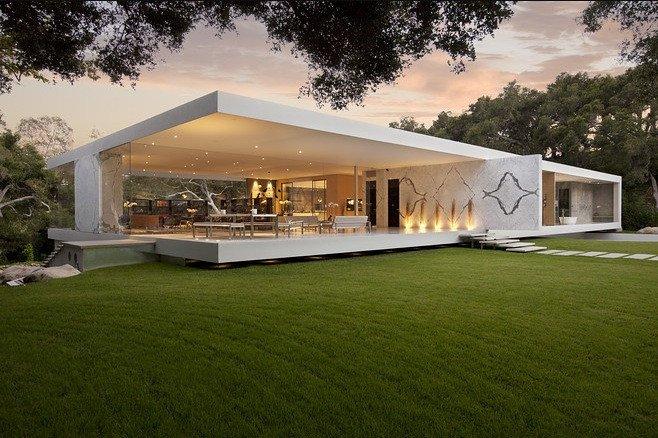 Prabangaus stiklinio namo dizainas