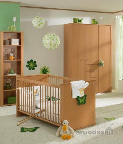 Nedideli žali akcentai kūdikio kambaryje