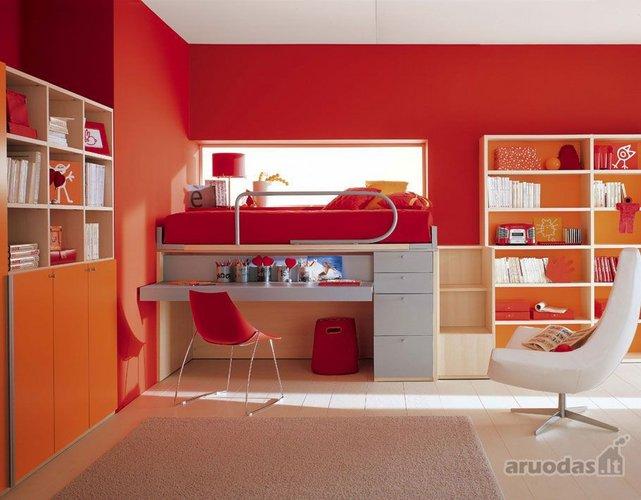 Kompaktiškas vaiko kambario interjeras