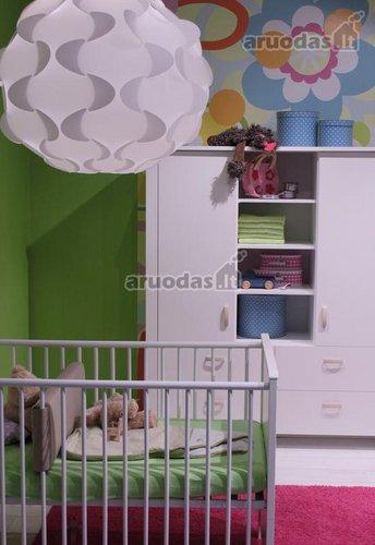 Spalvingo kūdikio kambario dizainas