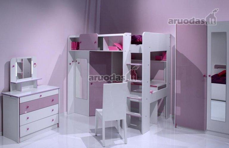 Violetinis vaikų kambarys