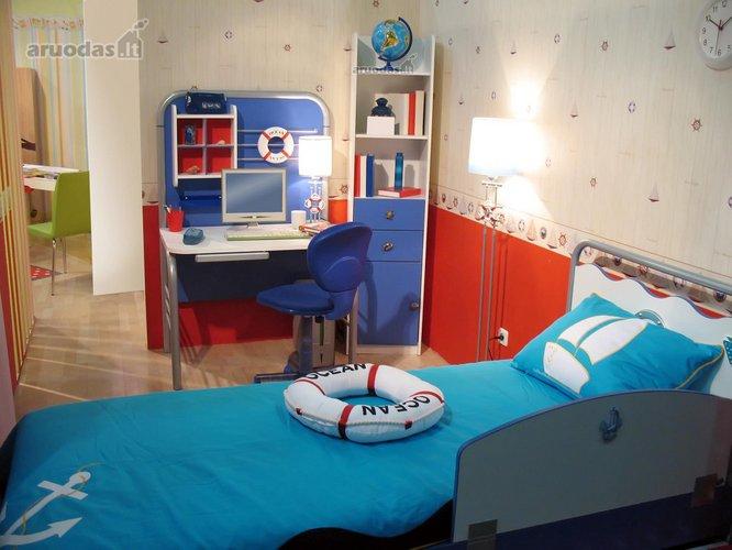 Jūreiviškai dekoruotas vaiko kambarys