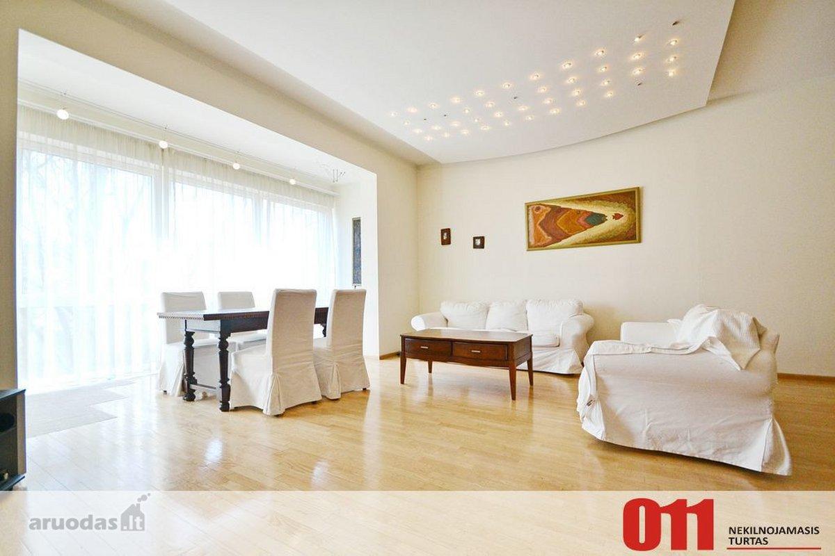 Vilnius, Senamiestis, Ankštoji g., 5 kambarių butas
