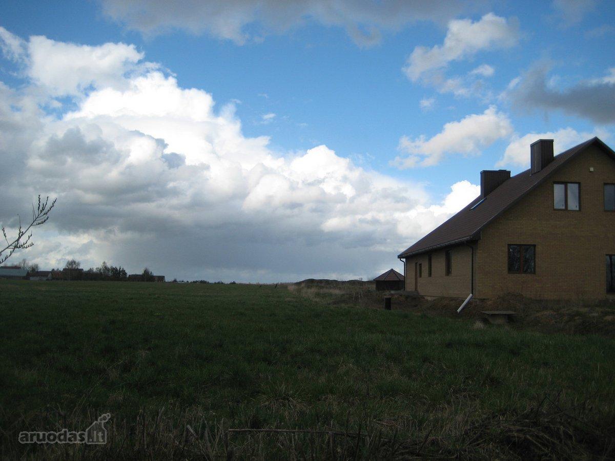 Parduodamas 23a. namų valdos žemės sklypas