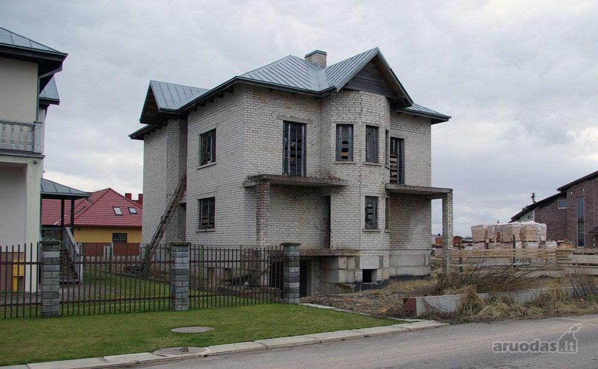 Kauno r. sav., Domeikavos k., Topolių g., mūrinis namas