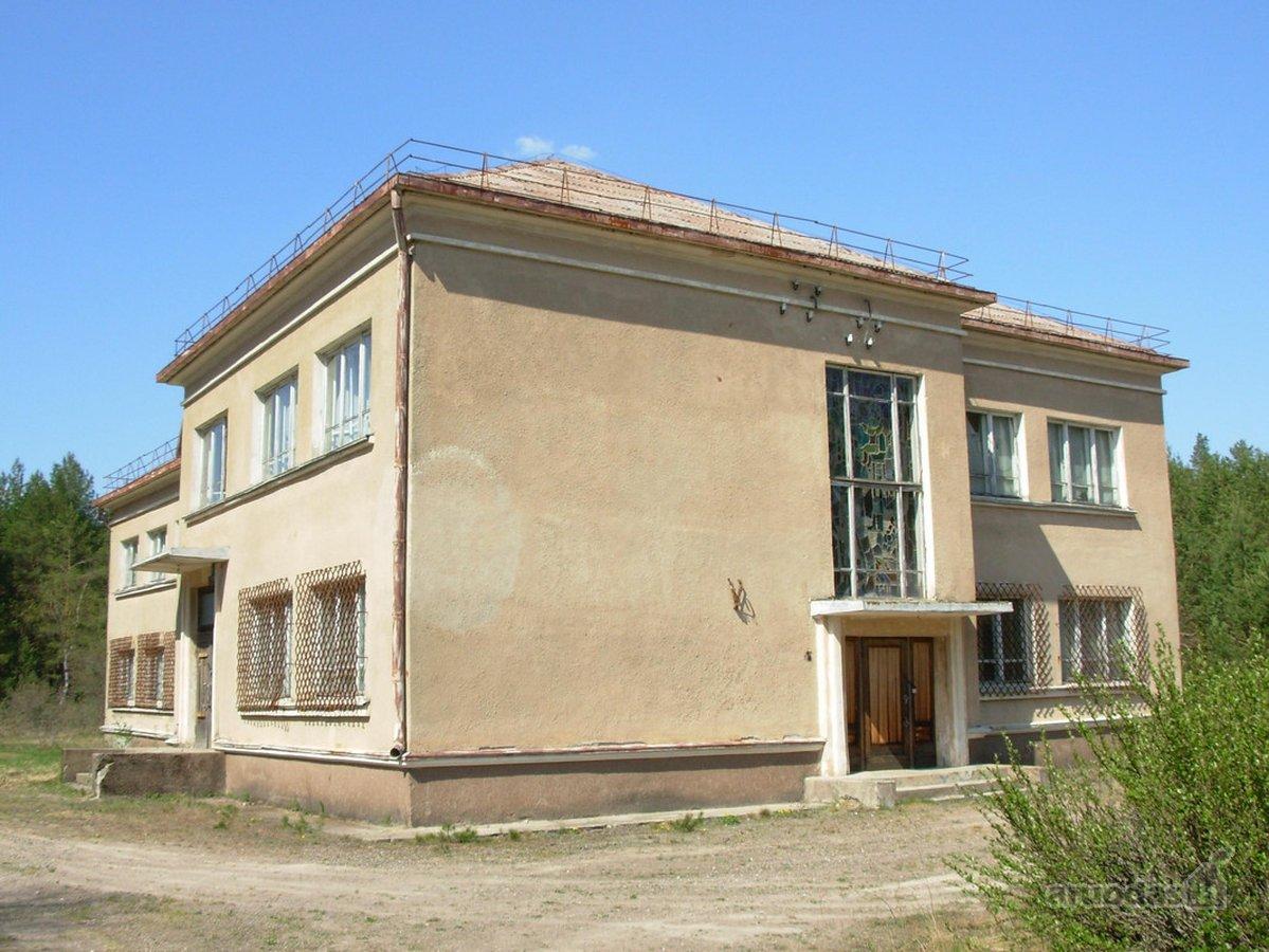 Varėnos r. sav., Pirčiupių k., mūrinis namas