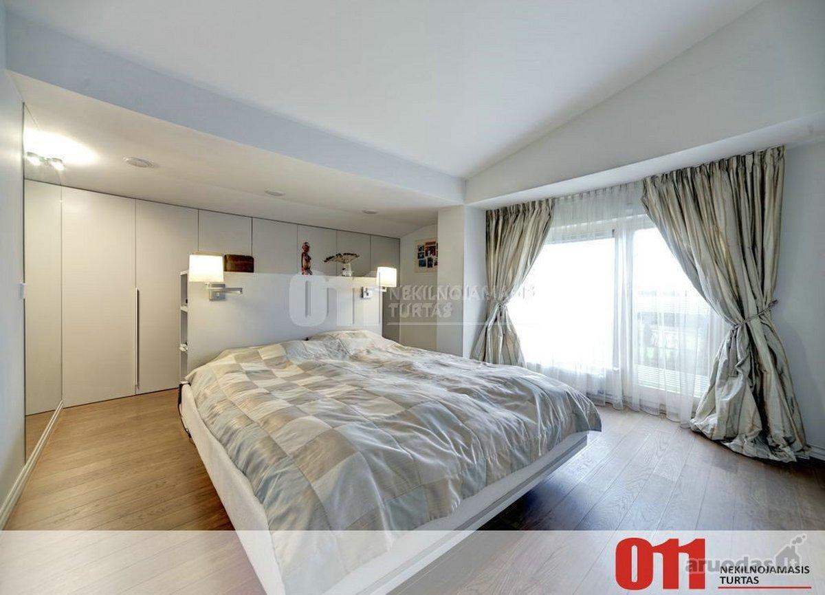 Vilnius, Žvėrynas, Sėlių g., 5 kambarių butas