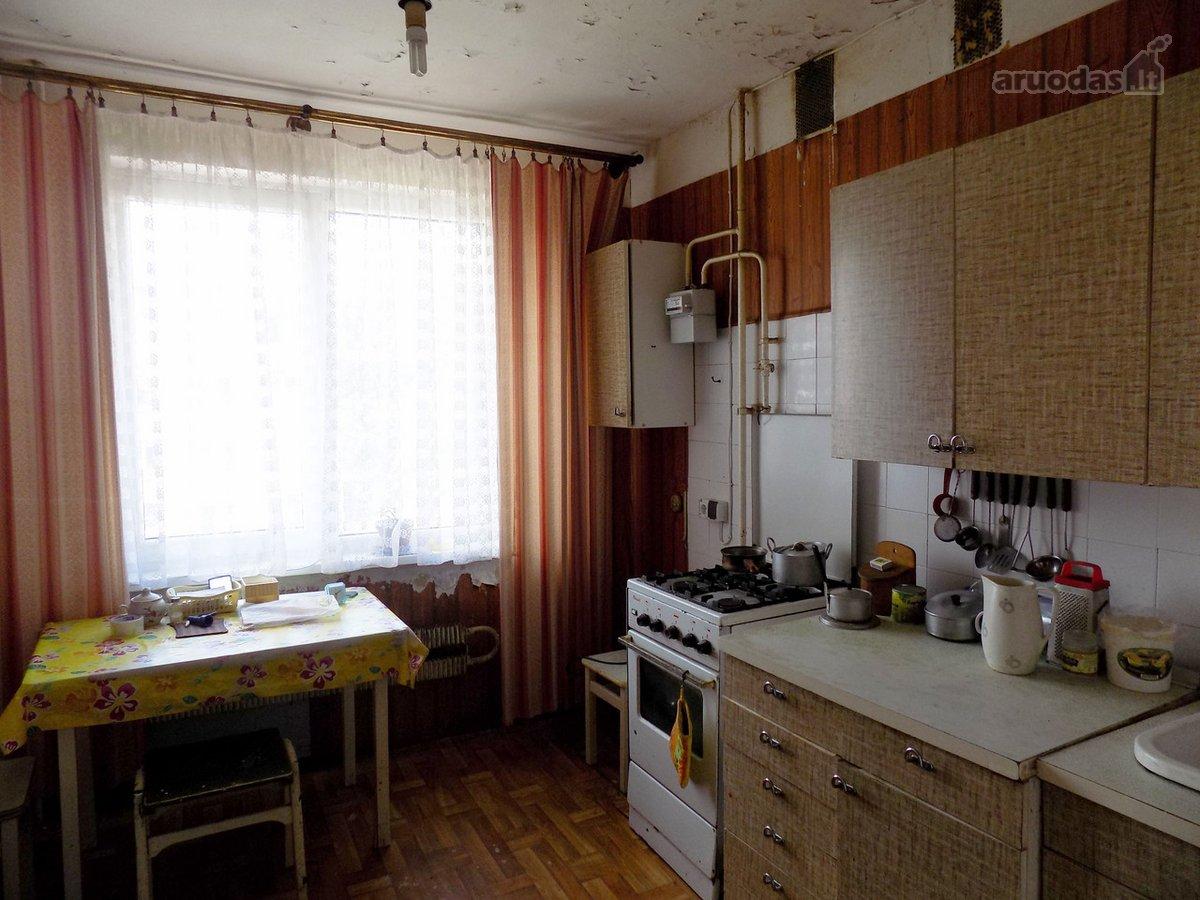 Kėdainių r. sav., Kėdainių m., A. Kanapinsko g., 3 kambarių butas