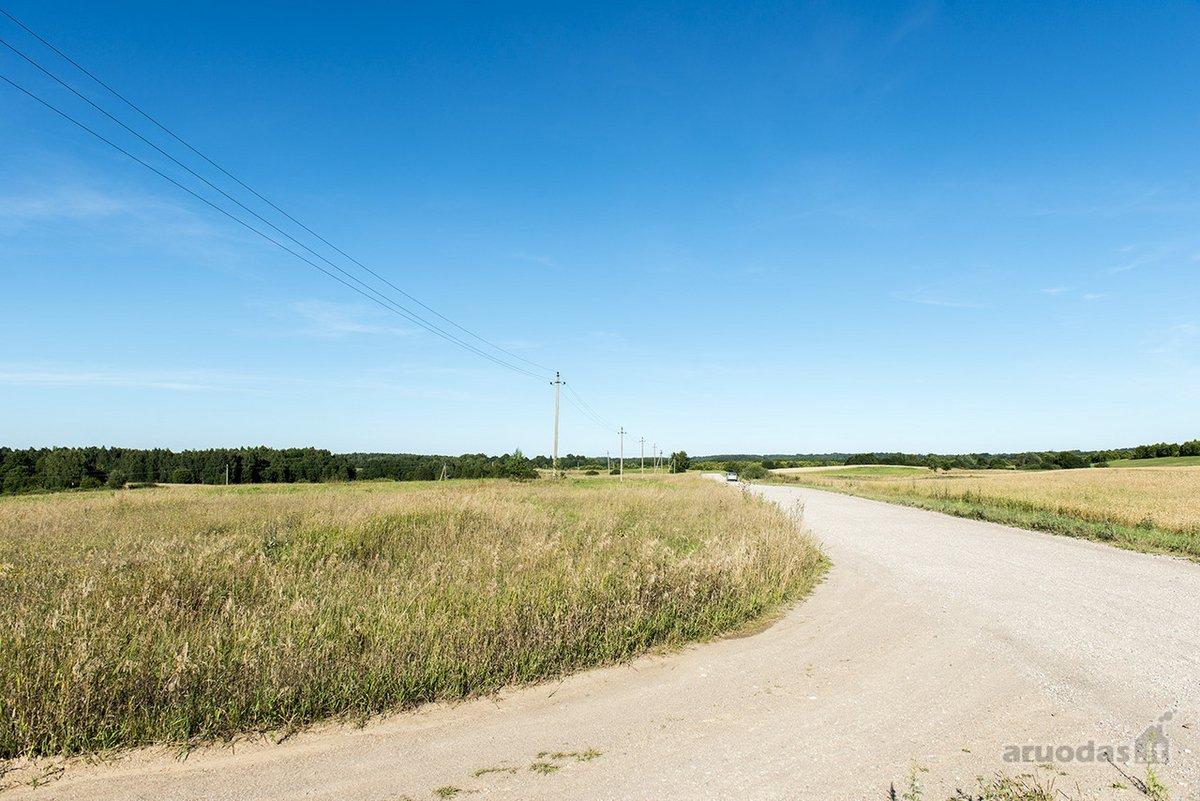 Utenos r. sav., Pabaltės k., žemės ūkio paskirties sklypas