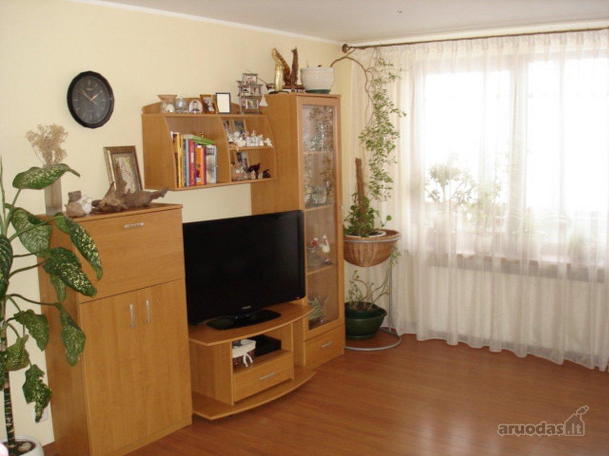 Kauno r. sav., Užliedžių k., Ledos g., 4 kambarių butas