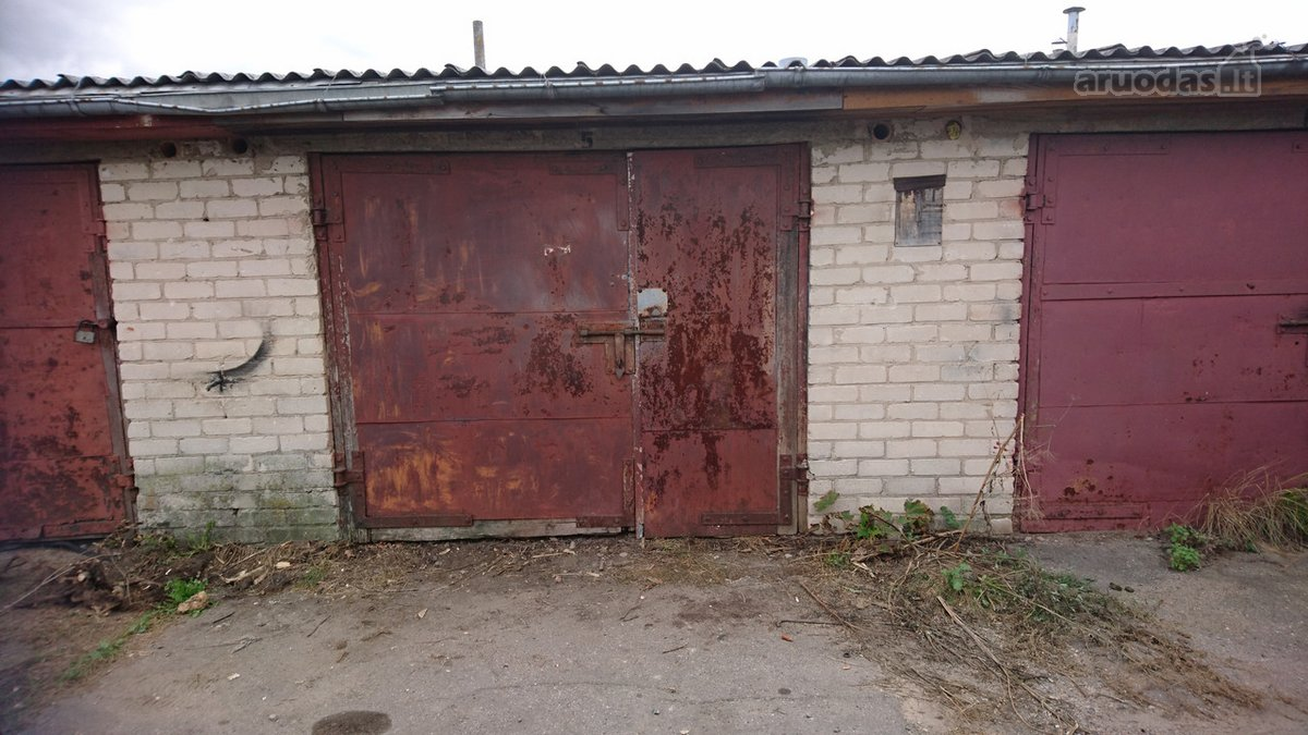 Šiauliai, Šimšė, Vilniaus g., mūrinis garažas