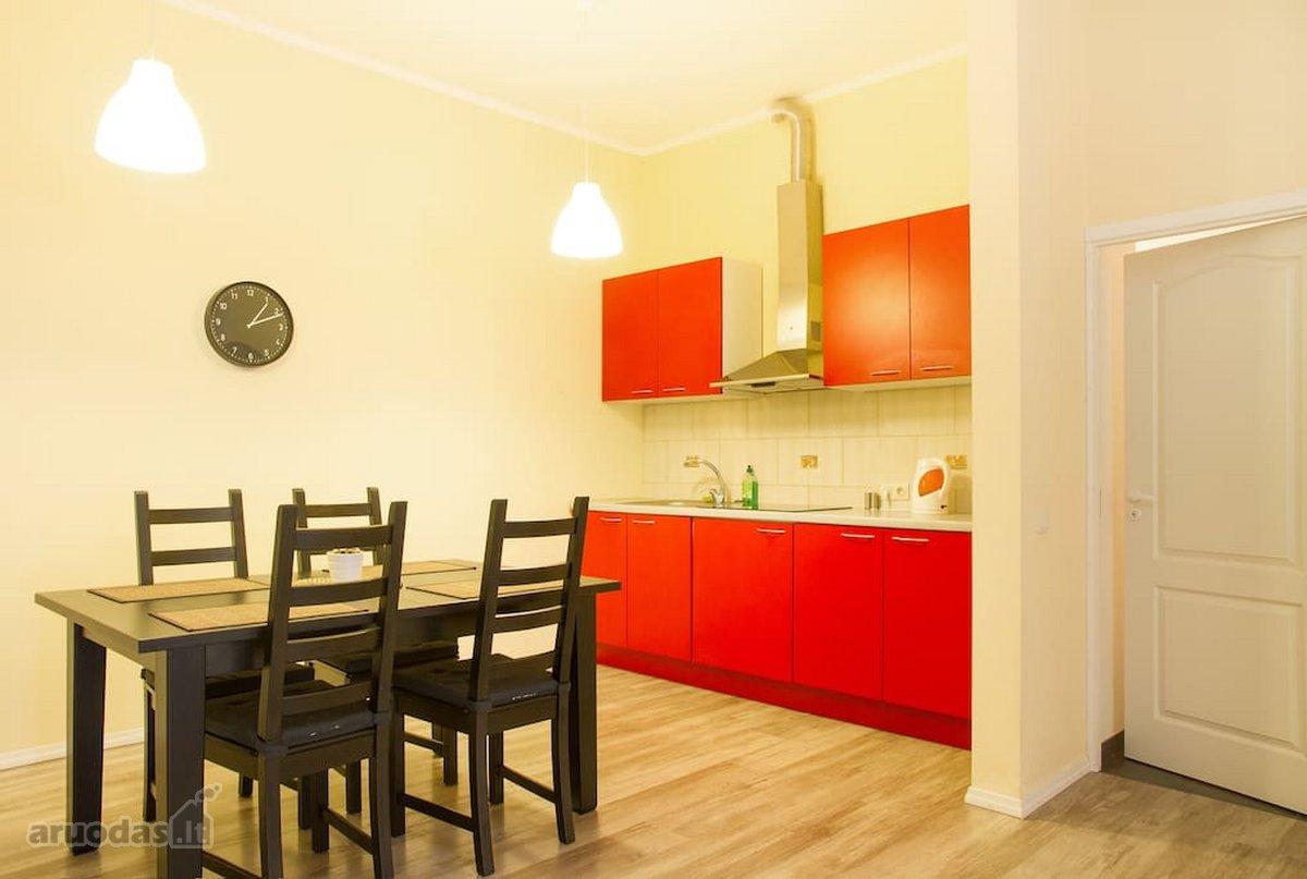 Vilnius, Senamiestis, Gėlių g., 2 kambarių buto nuoma
