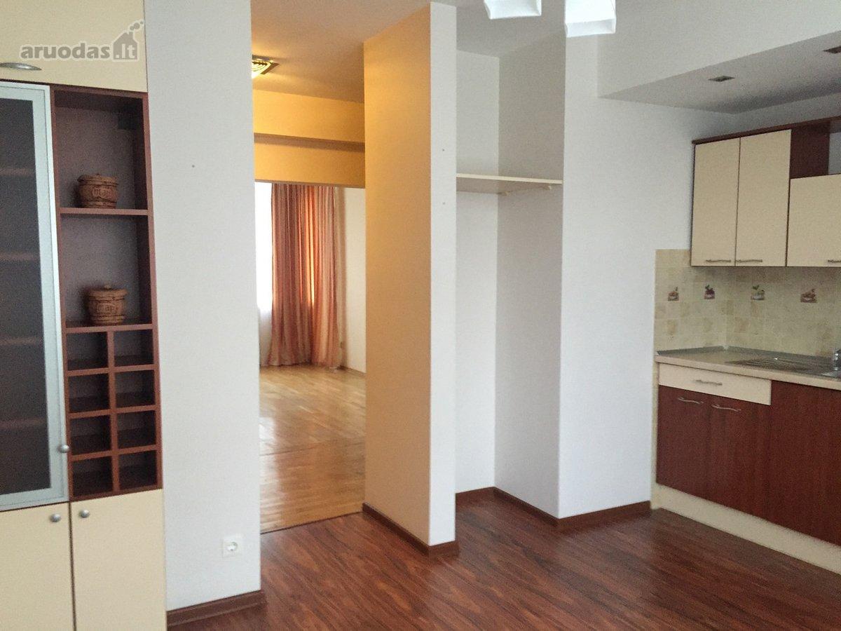 Vilnius, Naujamiestis, K. Donelaičio g., 3 kambarių butas