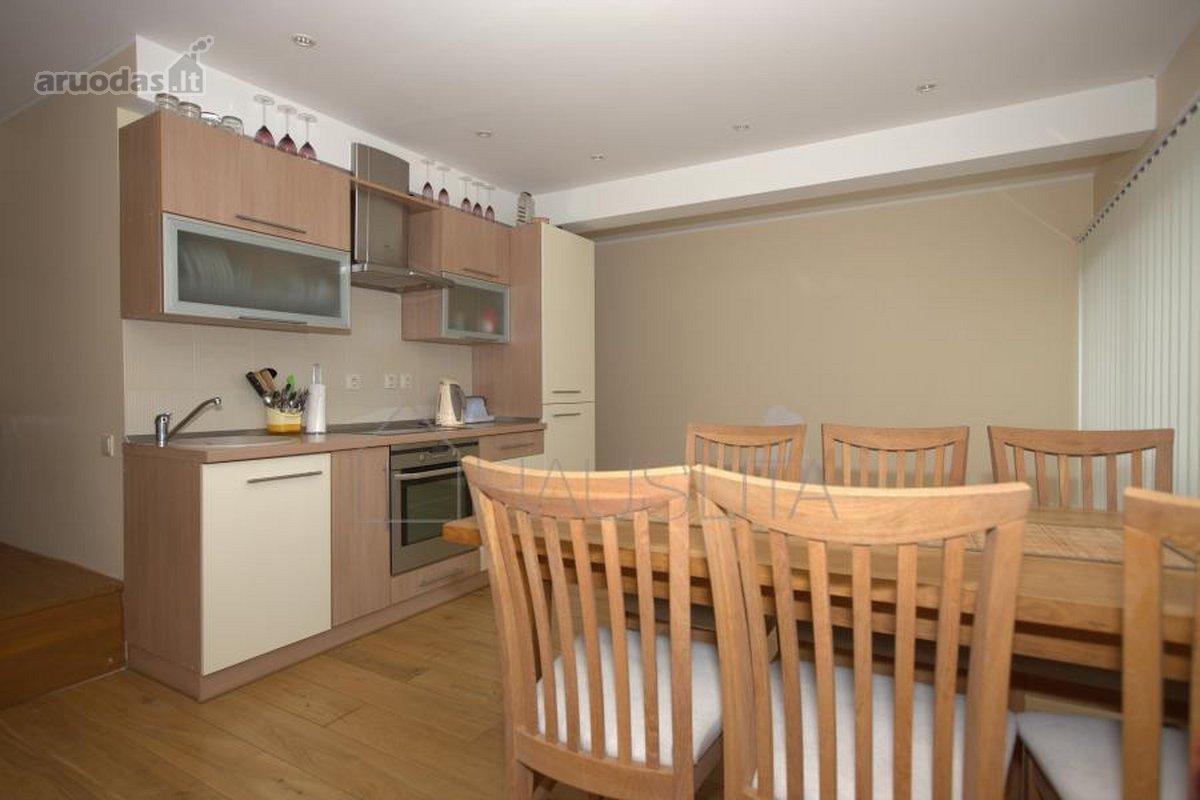 Parduodami apartamentai Juodkrantės centre