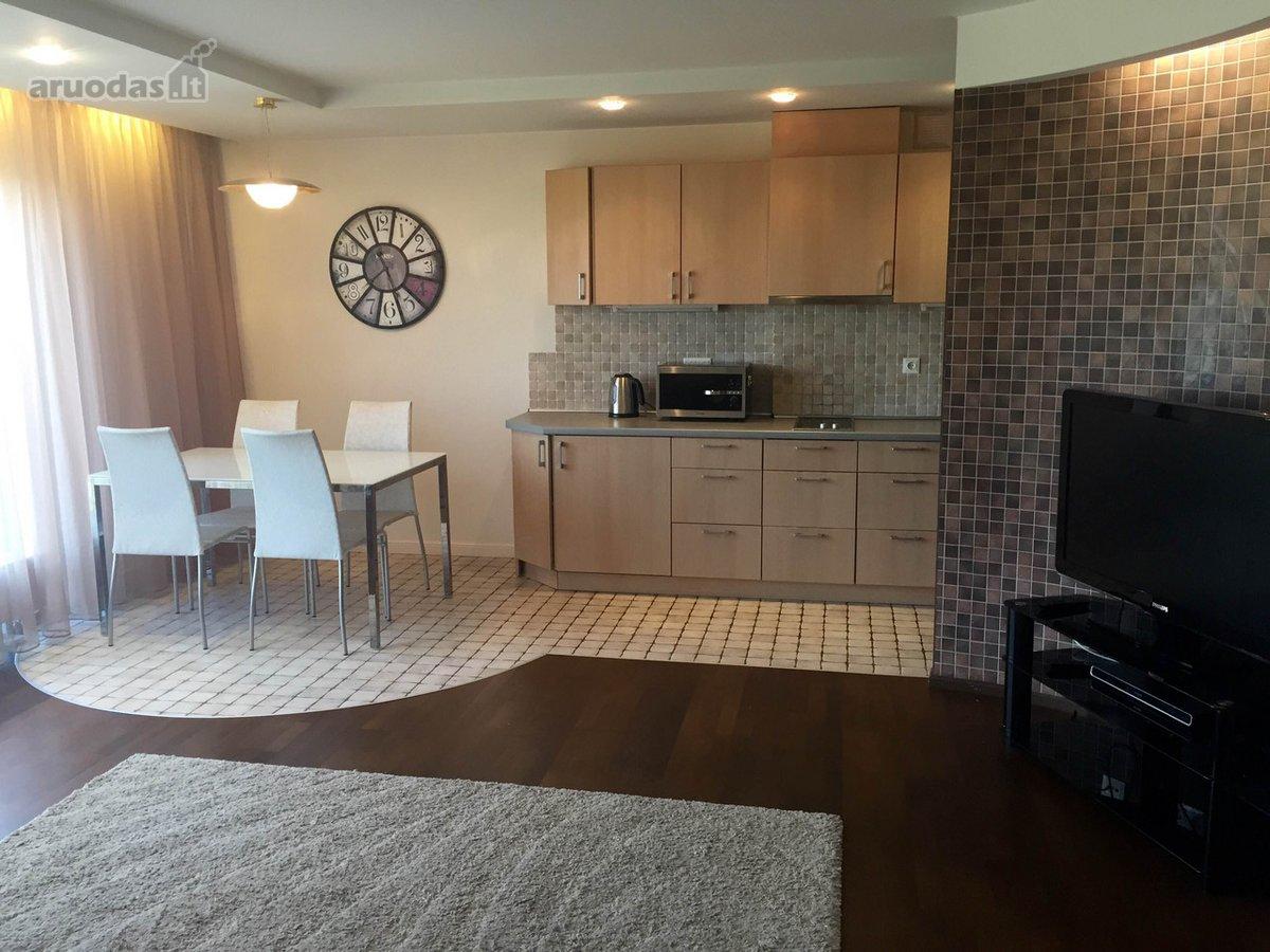 Nuomojamas 2 kambarių butas naujame name.