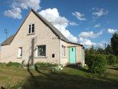 Parduodamas mūrinis 67 kv.m. namas 17 arų