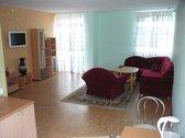 Parduodamas 4 kambarių 3 aukštų kotedžas
