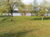 Vaizdingoje vietoje ant Lavyso ežero kranto