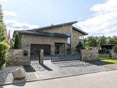 Parduodamas prabangus 2-jų aukštų  gyvenamas namas, prestižiniame gyvenamųjų namų kvartale Kleboniškyje, Viešios gatvėje.    NAMAS ...