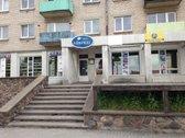 Parduodamos kavinės-parduotuvės  patalpos miesto centre.Pagrindinė tikslinė naudojimo paskirtis-maitinimo.Bendras plotas - 272.30 ...