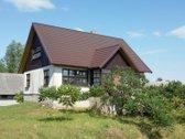 Namas yra Rusnės saloje , Uostadvario kaime .
