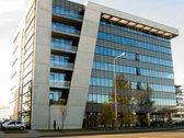 Išnuomojamos paskutinės patalpos Ulonų verslo centre.  Patalpos laisvos nuo sausio 25 dienos.  Adresas Verkių g. 25c. Aukštas ...