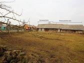 Parduodamas rekonstruotinas rąstinis namas su