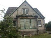 Parduodamas mūrinis namas geroje vietoje.