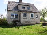 Parduodamas 151.23 kv.m. gyvenamas namas su