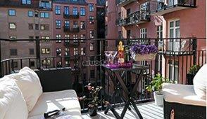 3 arba 4 kambarių butas centre su terasa ir drabužine – daugumos svajonė